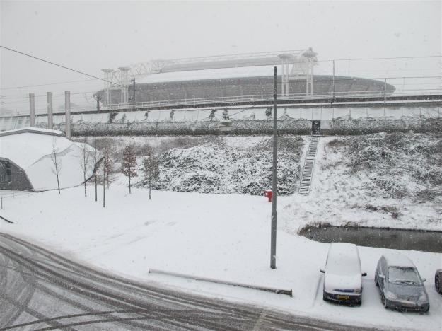 arena in de sneeuw