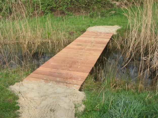 Na nieuwe brug gemaakt door Willem Heil